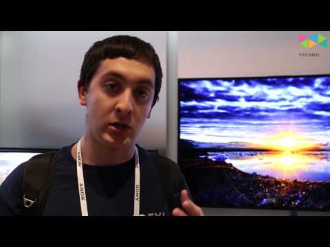 Eyes-on with Samsung's 55-inch curved UHD and 3D dual view TVs