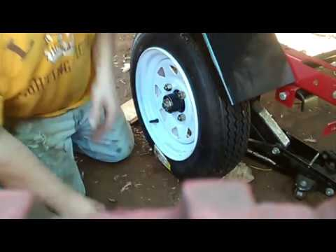 Replacing trailer wheel hub bearings