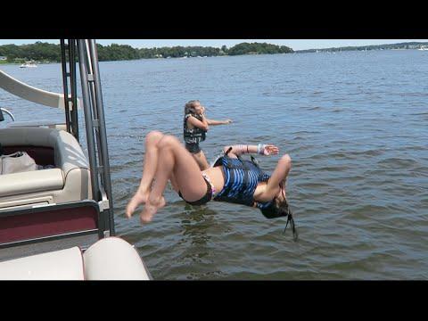 Gymnastics On A Boat (WK 287.4)   Bratayley