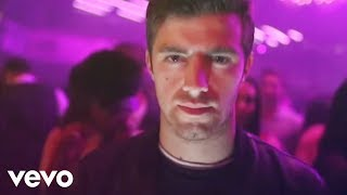 The Chainsmokers - #SELFIE (Official Video)