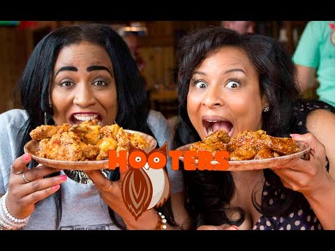 HOOTERS Honey Thai Chili Pepper & Teriyaki Wings on Let's Get Greedy! Food Review #104