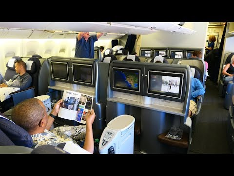 United Airlines B777 First Class San Francisco to Honolulu (oldest B777 in the world!)