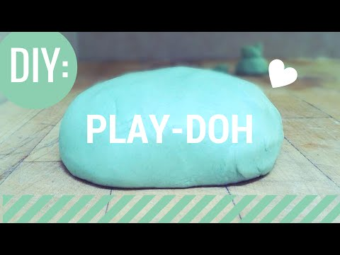 DIY: Play-Doh! (NO BAKE)