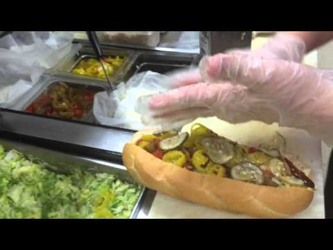 How to Make a Ham and Cheese Hoagie