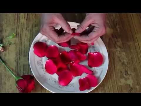 HOW TO DRY ROSE PETALS AT HOME