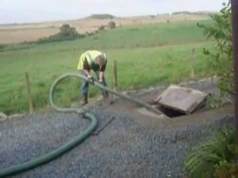 Septic Tank Cleaning In Operation
