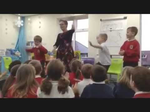 Lynne Chapman: Illustrator Visit at a Primary School