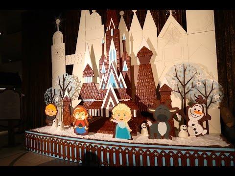 Christmas Resort Monorail Tour Of Christmas Decorations Walt Disney World