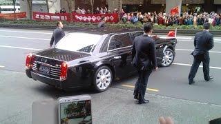 实拍习近平习大大保镖&红旗L5座驾@新西兰奥克兰 惊现抗议人群 11.21 Xi Jinping visited New Zealand