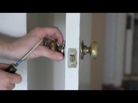 How to remove an old 1950's brass door knob with Joe Russell