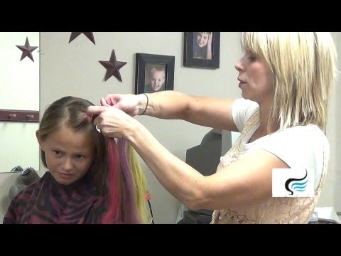 (How to Use Hair Chalk) Kids Hairstyles Tutorial