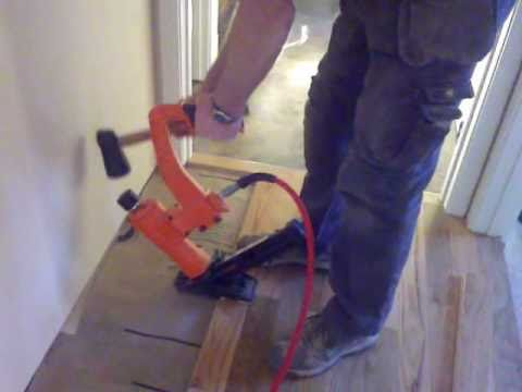 Installing hardwood floors in hallways, tight spots, angles and doorways