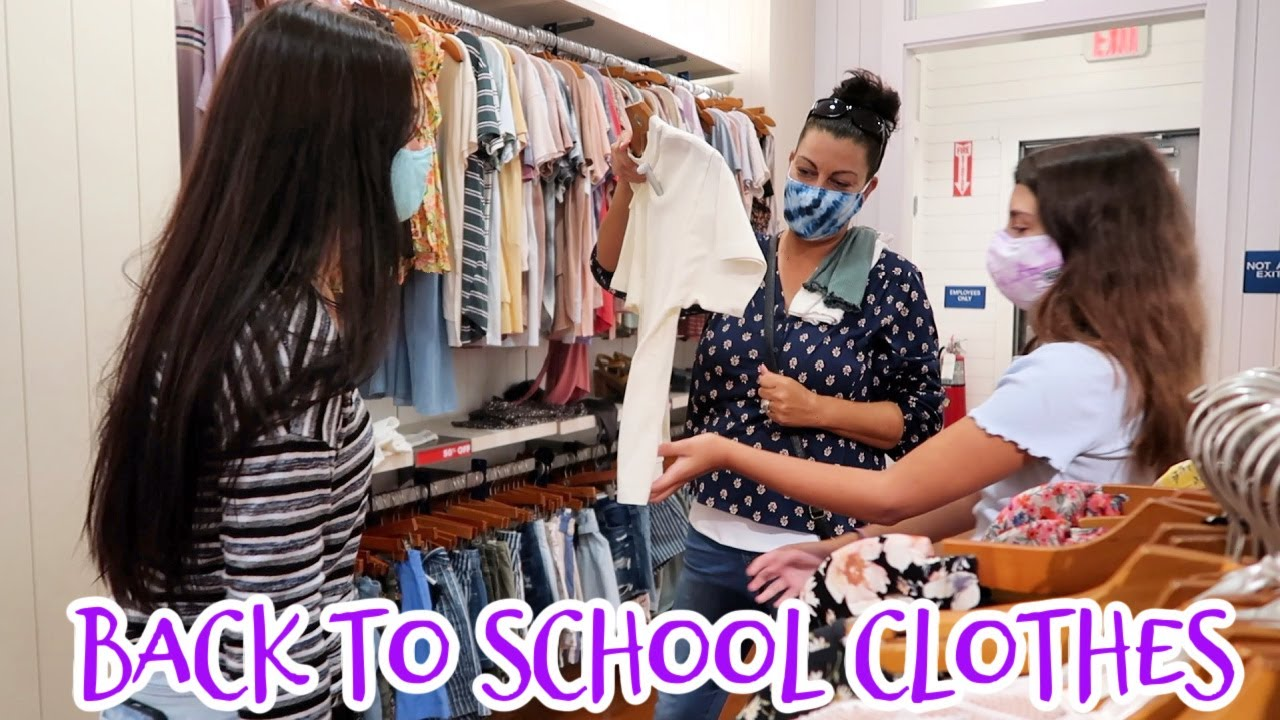 FINAL BACK TO SCHOOL MALL SHOPPING TRIP! SHOP WITH ME! EMMA AND ELLIE