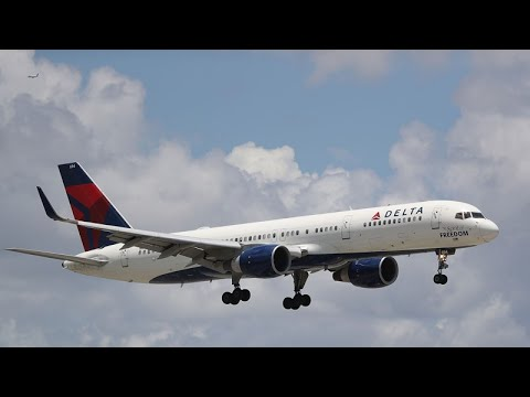 VIDEO: How to get a job at Delta Air Lines