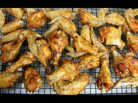 ULTIMATE Crispy Chicken Wings #TastyTuesdays | CaribbeanPot.com