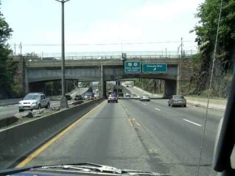 Car travel from Manhattan to Newark Airport