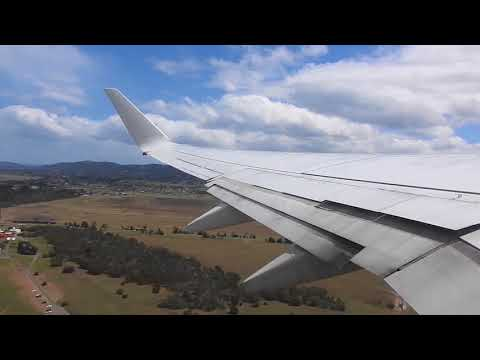Qantas 737 Departure our of Hobart!