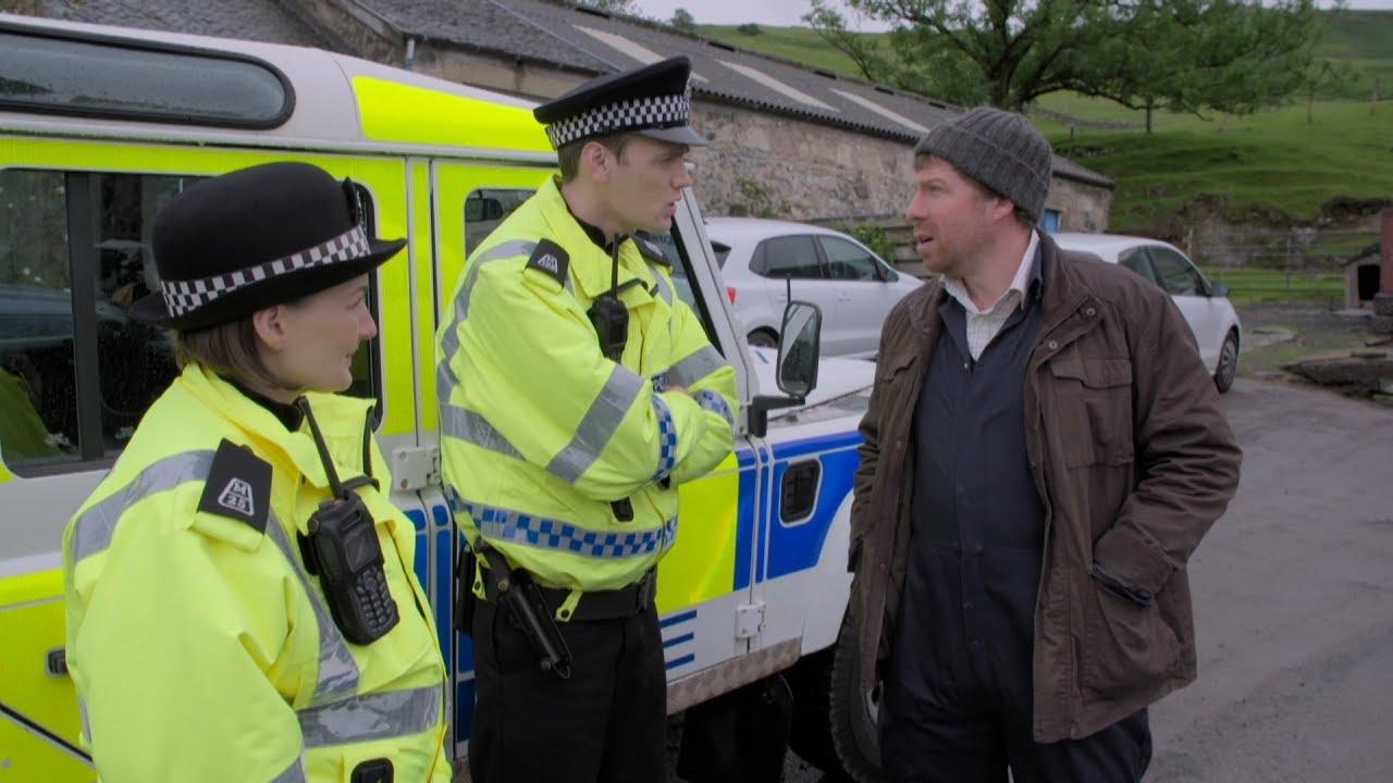 'We've got a bomb' I Scot Squad