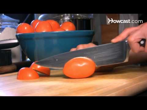 How to Make Tomato Sauce