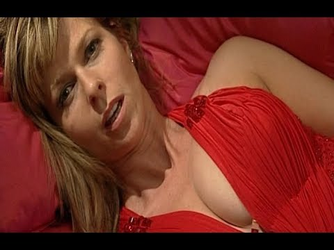 Xxx Mp4 Kate Garraway Let 39 S It All Hang Out 3gp Sex
