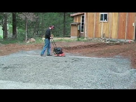 Pouring a concrete slab: Prepare the Ground & Drainage