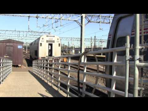 [HD] Amtrak Vermonter No. 54 Engine Swap- New Haven, CT