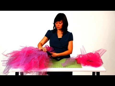 How to Tie the Tulle for a No-Sew Tutu | No-Sew Crafts