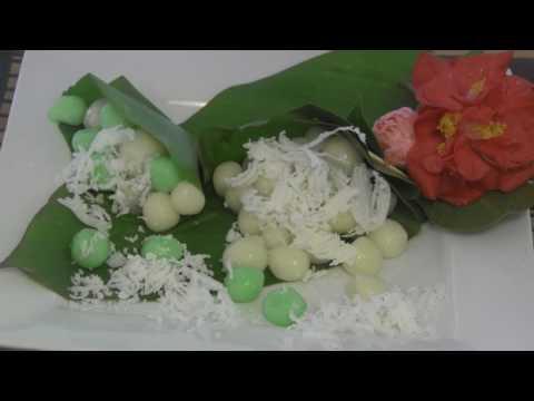 Nom Plai Ai  - Sweet Coconut Rice Balls