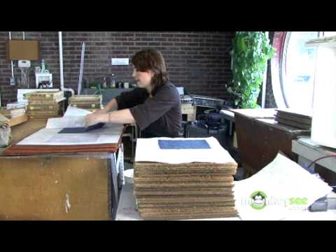 Make Paper - Loading the Drying Box