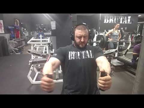 Brutal Iron Gym - Chest Growth Ideas on Cable Flyes Machine (see description)