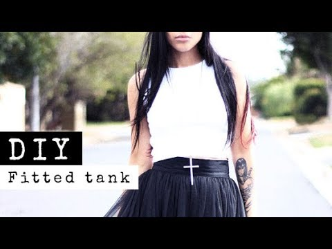 DIY: How To Make A Fitted Crop Top | Raylene Harvey