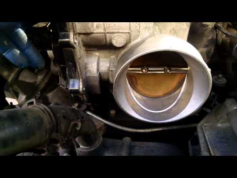 Throttle body cleaning 5.3l Chevy Tahoe 2004 GM