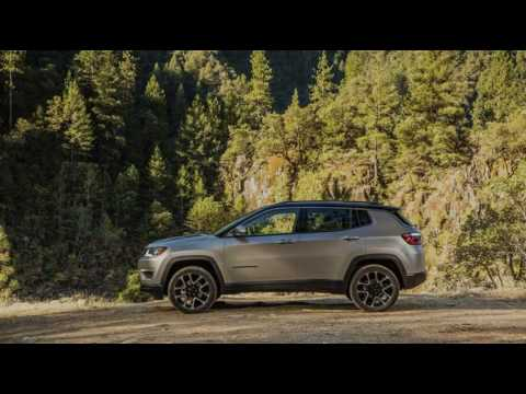 Brand New 2017 Jeep Compass Gets Over 90 Mopar Accessories