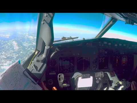 Boeing 737-800 Cockpit video full flight LTCE - LTFJ