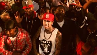 YG - Bitches Aint Shit feat Tyga & Nipsey Hussle