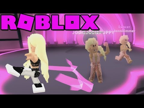 Roblox: Dance Off [BETA] ~ Overdressed & Hot!