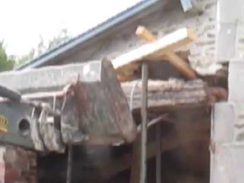 How not to remove a lintel in a random stone building