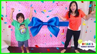 Ryan Surprise Mommy with Giant Presents Surprise for Mother
