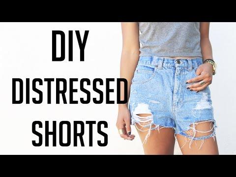 DIY : Distressed Denim Shorts