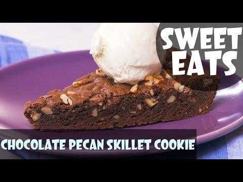 Giant Chocolate Pecan Skillet Cookie | Food Network