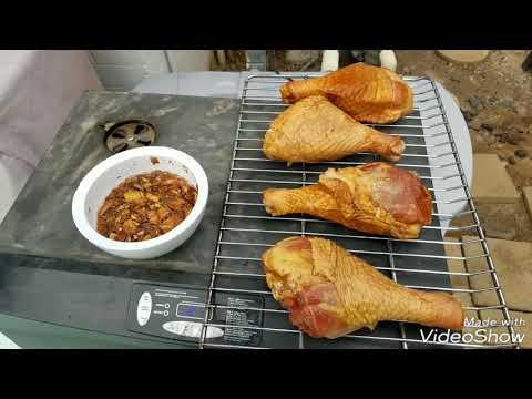 Smoking Pre Smoked Turkey Legs Masterbuilt
