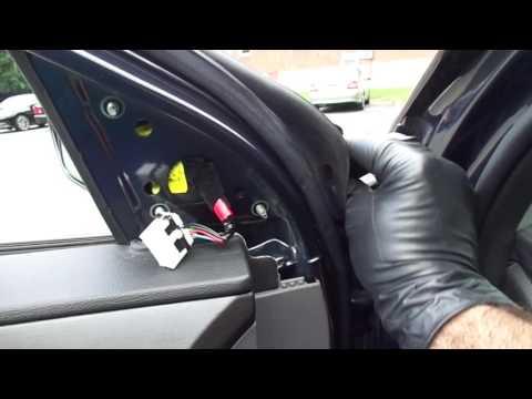 2013 Hyundai Sonata / Replacing Driver Side Mirror