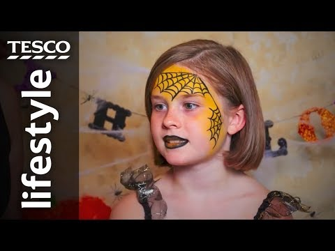 Halloween face-painting: Spider's web | Tesco