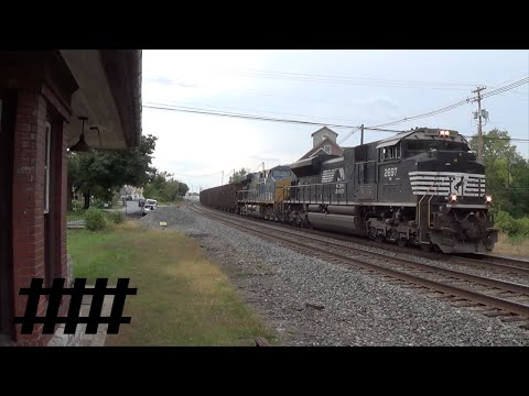 Norfolk Southern SD70M-2 Pulling Ballast Train on the Harrisburg Line