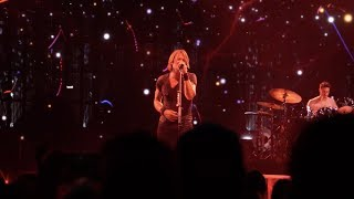 "Keith Urban - ""Way Too Long"" LIVE from the Graffiti U World Tour Australia"