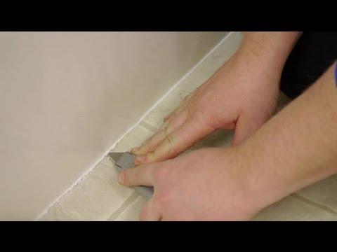 How to Remove Floor Caulking : Caulking Tips