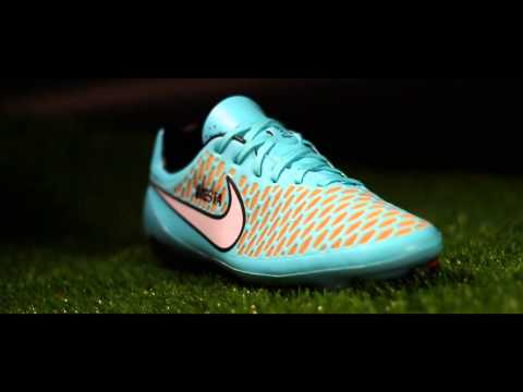FREE iD - Personalise your football boots for FREE at Lovell Soccer