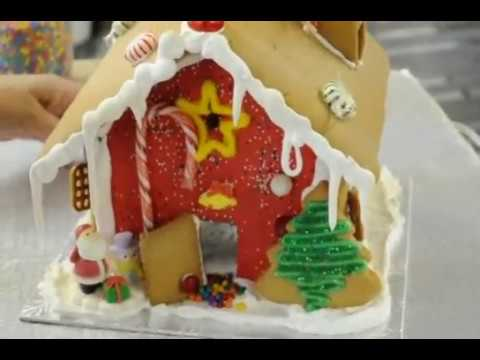 HOW TO ASSEMBLE A GINGERBREAD HOUSE FOR CHRISTMAS