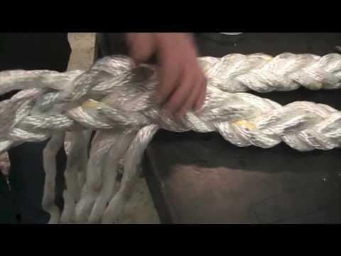 Making an eye splice in 8-strand rope