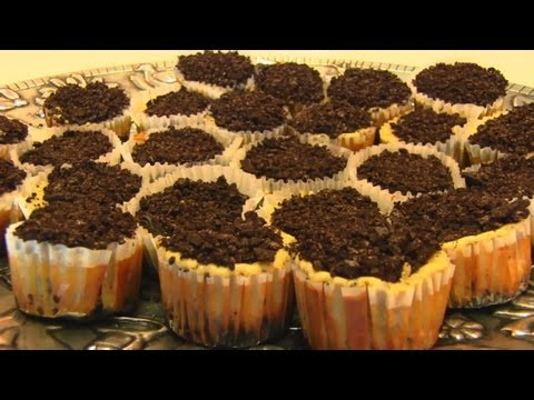 Betty's Oreo Cheesecake Cupcakes--Recipe by Breville